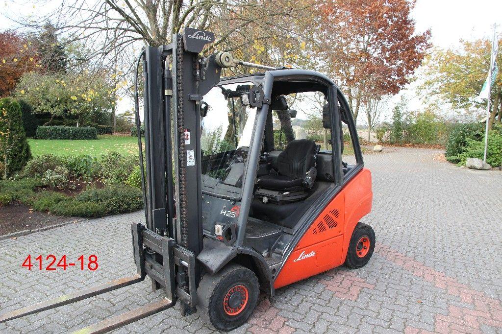 Linde-H 25 D-Dieselstapler-http://www.heftruckcentrumemmen.nl