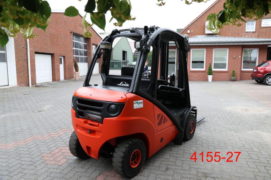 Linde-H 25 D-Dieselstapler-www.heftruckcentrumemmen.nl