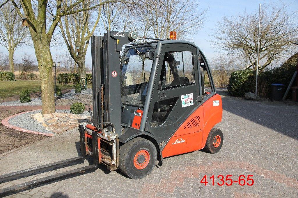 Linde-H 25 T-Treibgasstapler-http://www.heftruckcentrumemmen.nl