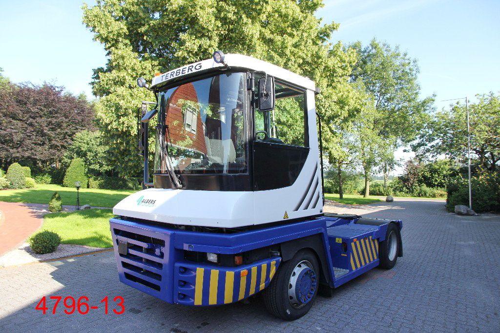 Terberg-RT 223 4x4-Terminaltraktor-http://www.heftruckcentrumemmen.nl