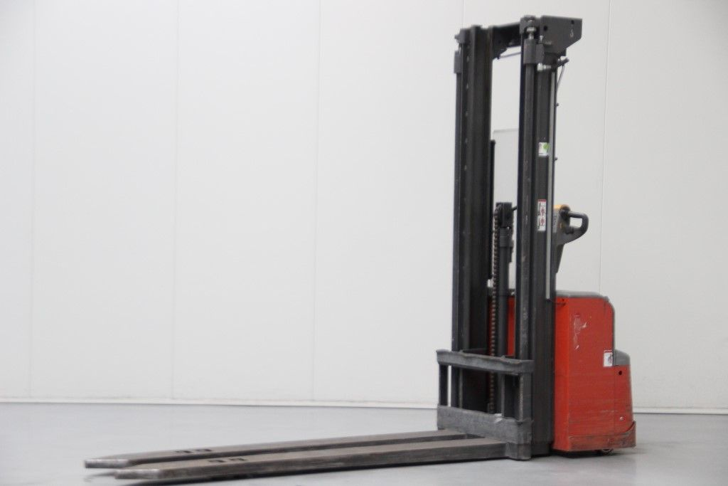 Lafis-PSH200STFV380-High Lift stacker http://www.bsforklifts.com