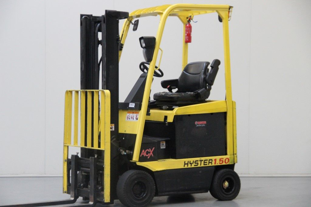 Hyster-E1.50XM-Electric 4-wheel forklift http://www.bsforklifts.com