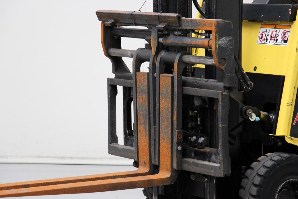 Bolzoni-FK2510A-Fork positioners http://www.bsforklifts.com