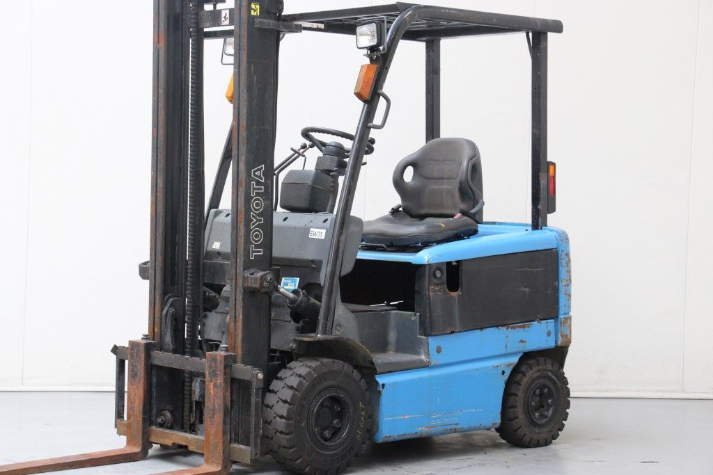 Toyota-6FB15-Electric 4-wheel forklift http://www.bsforklifts.com