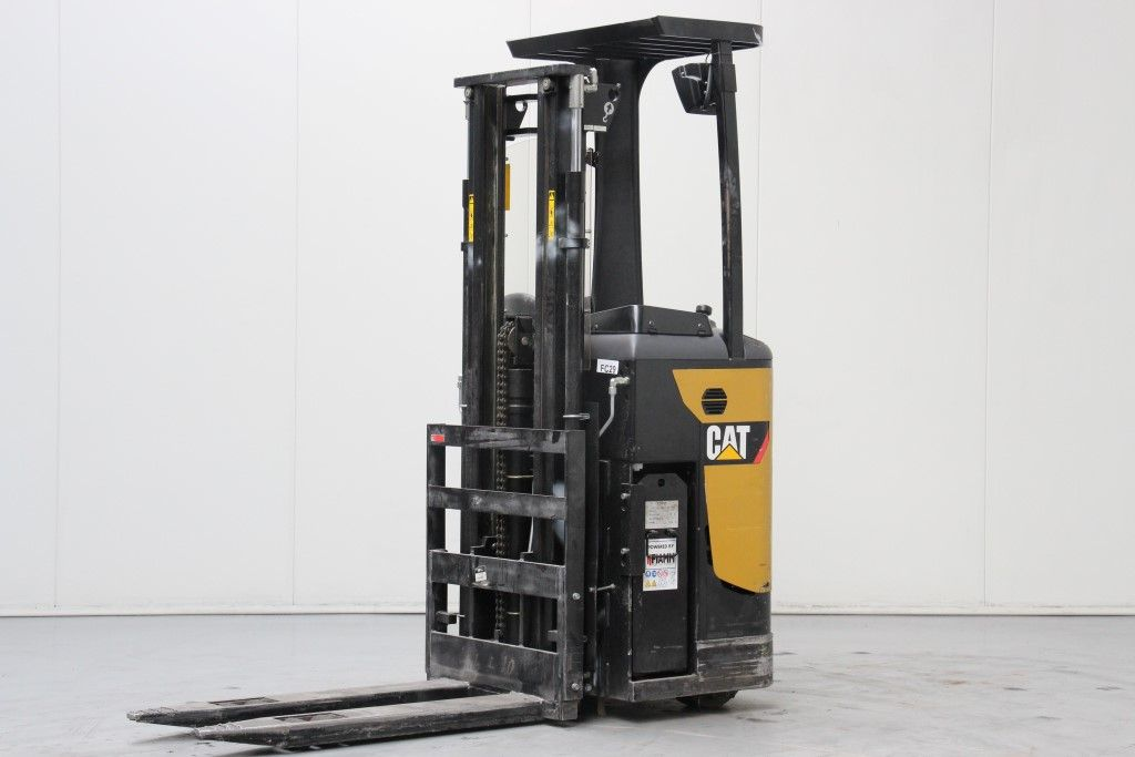 Caterpillar-NSR12N-Stacker stand on http://www.bsforklifts.com
