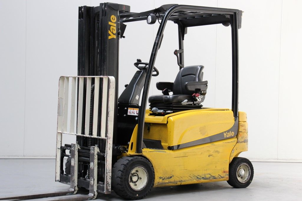 Yale-ERP18VF-Electric 4-wheel forklift http://www.bsforklifts.com