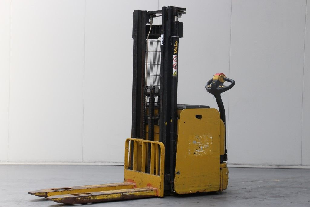 Yale-MS14-High Lift stacker http://www.bsforklifts.com