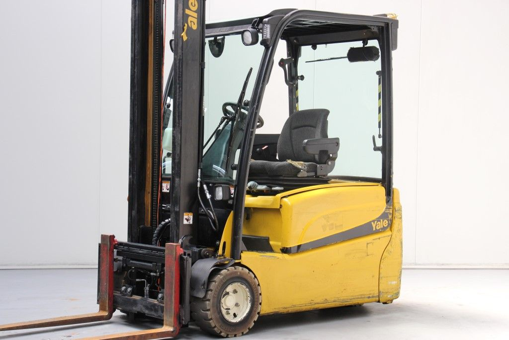 Yale-ERP20VT-Electric 3-wheel forklift http://www.bsforklifts.com
