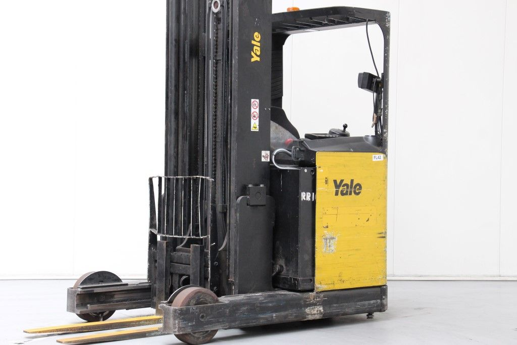 Yale-MR20HD-Reach Truck http://www.bsforklifts.com