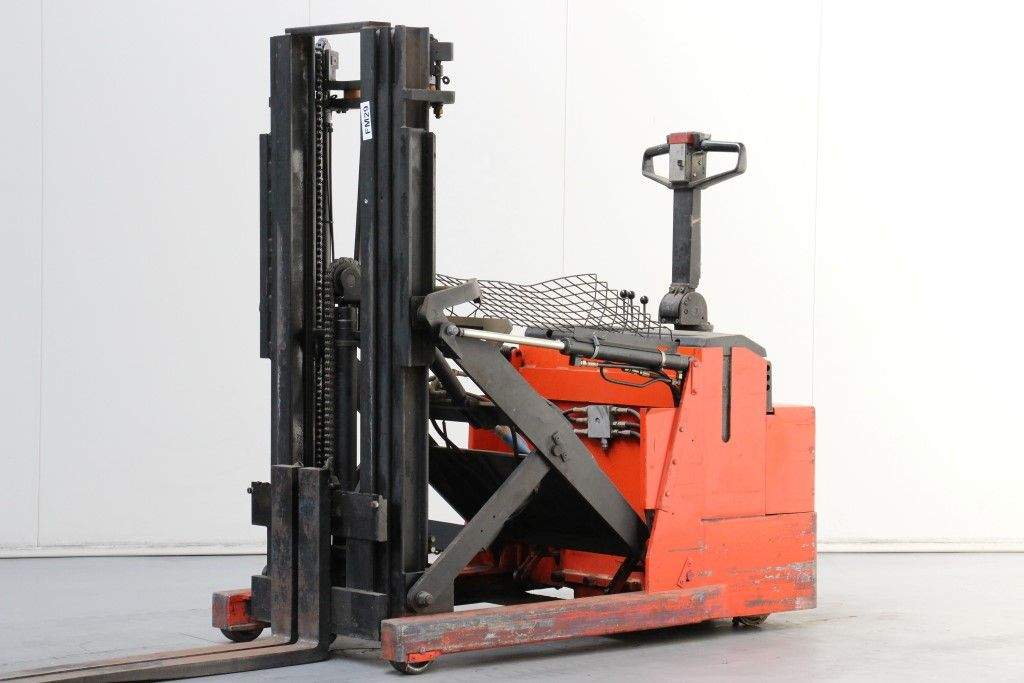BT-LSR1200/3-High Lift stacker http://www.bsforklifts.com