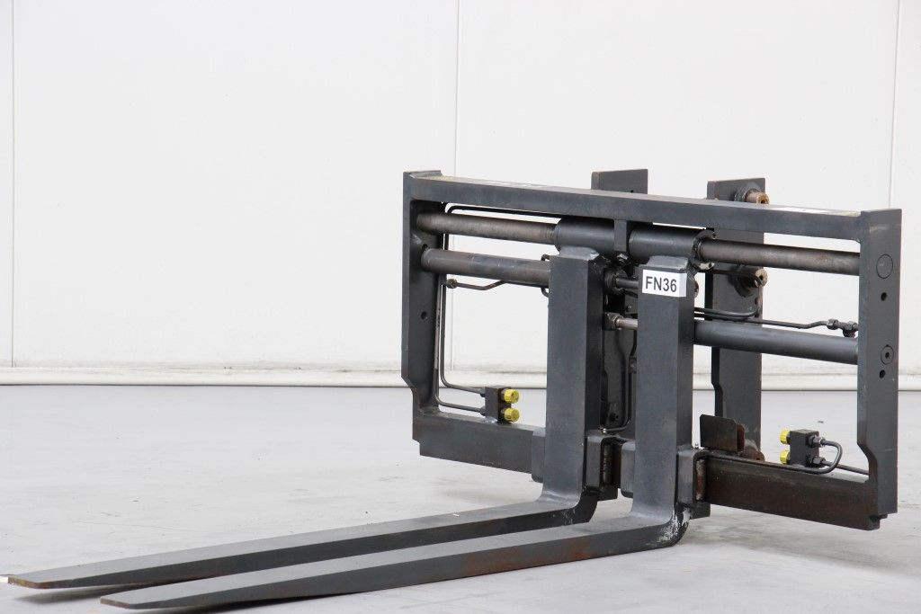 -Hagabergs SE-692 25 -Fork positioners http://www.bsforklifts.com