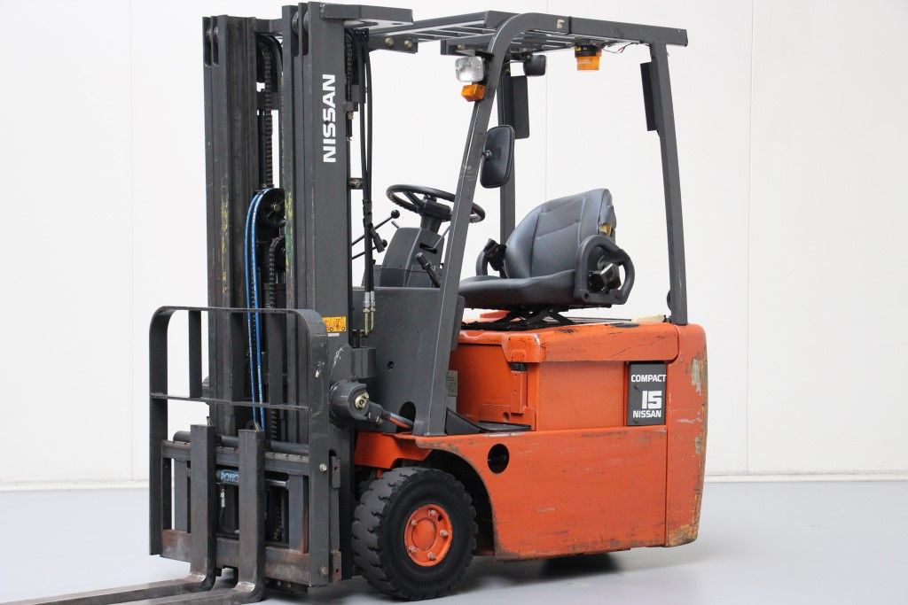Nissan-N01L15HQ-Electric 3-wheel forklift http://www.bsforklifts.com