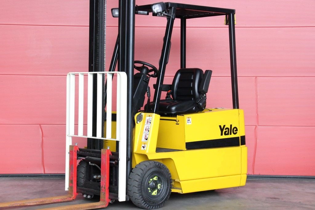 Yale-ERP15RCF-Electric 3-wheel forklift http://www.bsforklifts.com