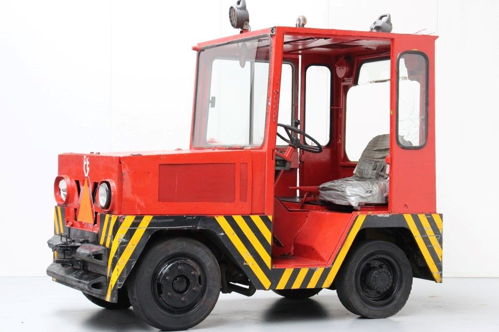 -Tow Tractor-Tow Tractor http://www.bsforklifts.com