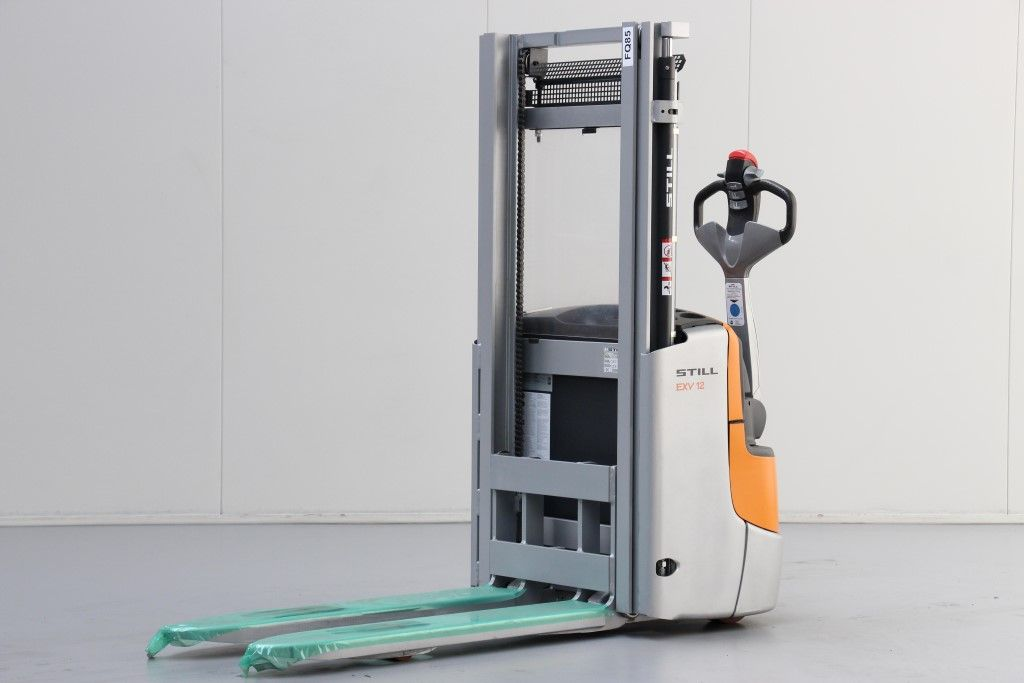 Still-EXV12-High Lift stacker http://www.bsforklifts.com