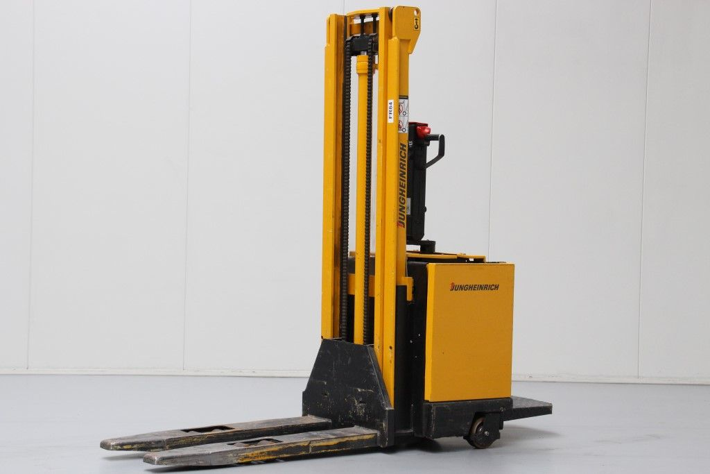 Jungheinrich-ERC12.5-High Lift stacker http://www.bsforklifts.com
