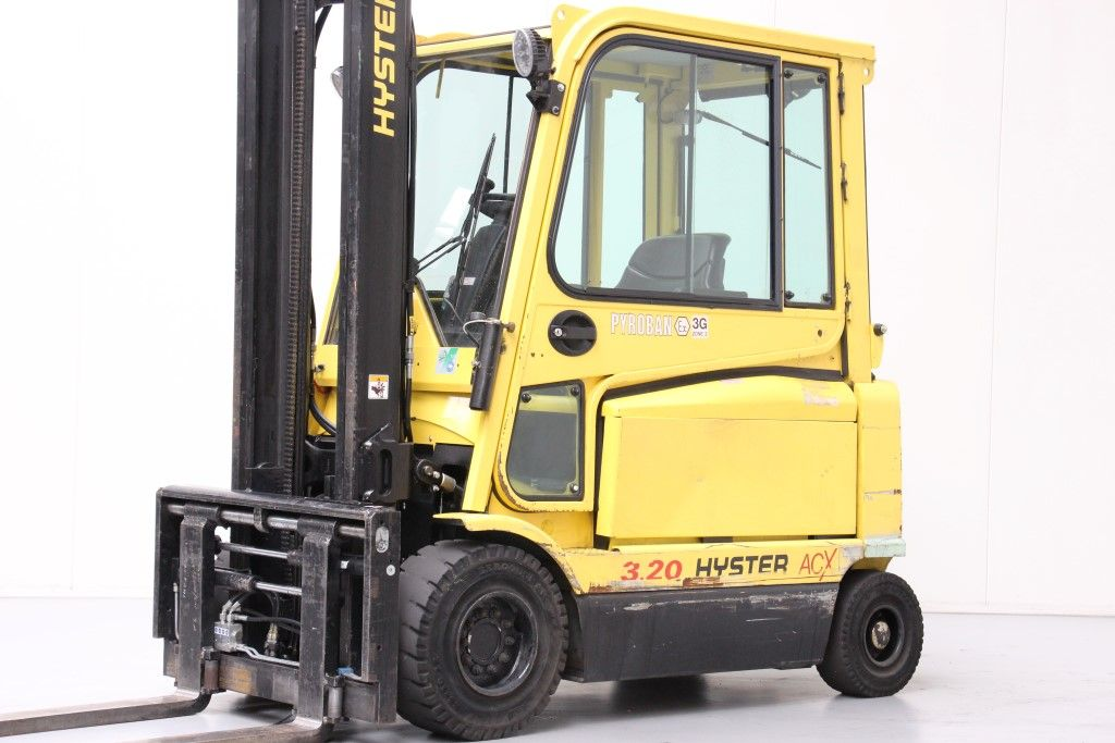 Hyster-J3.20XM-Electric 4-wheel forklift http://www.bsforklifts.com