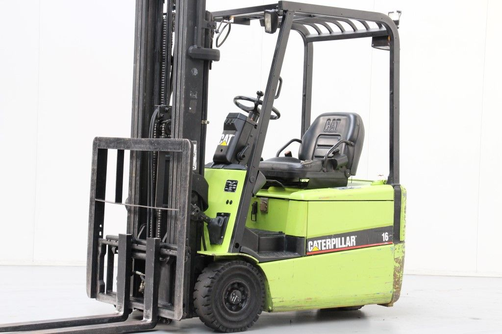 Caterpillar-EP16KT-Electric 3-wheel forklift http://www.bsforklifts.com