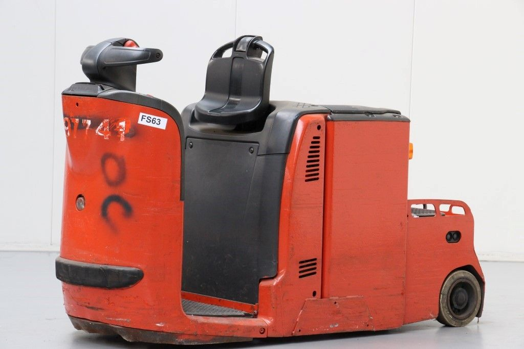 Linde-P30-Tow Tractor http://www.bsforklifts.com