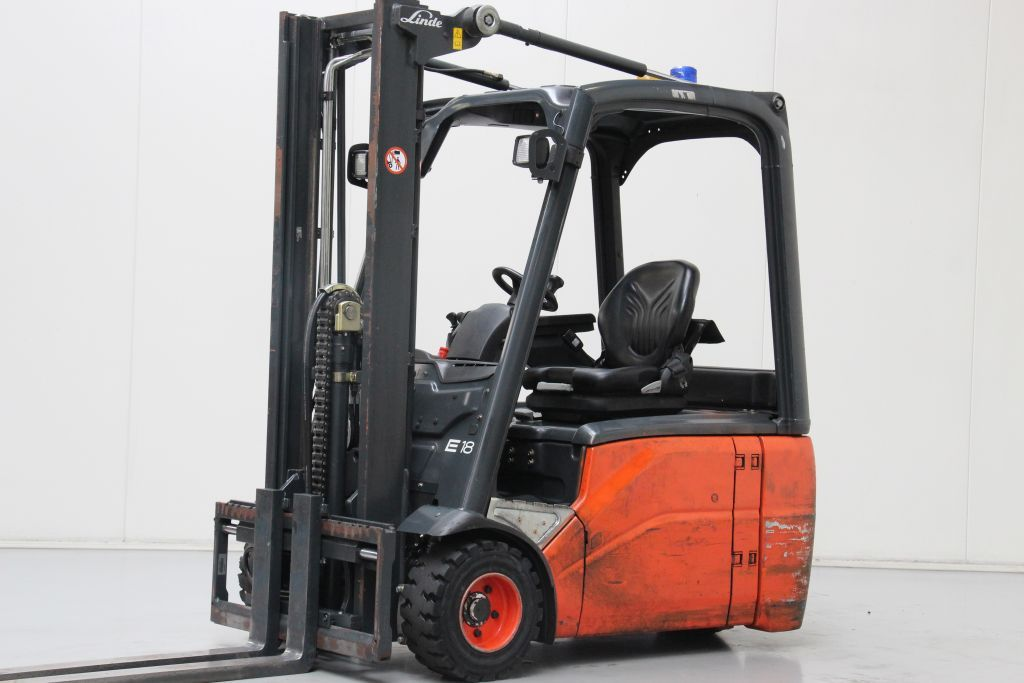 Linde E18-01 Electric 3-wheel forklift http://www.bsforklifts.com