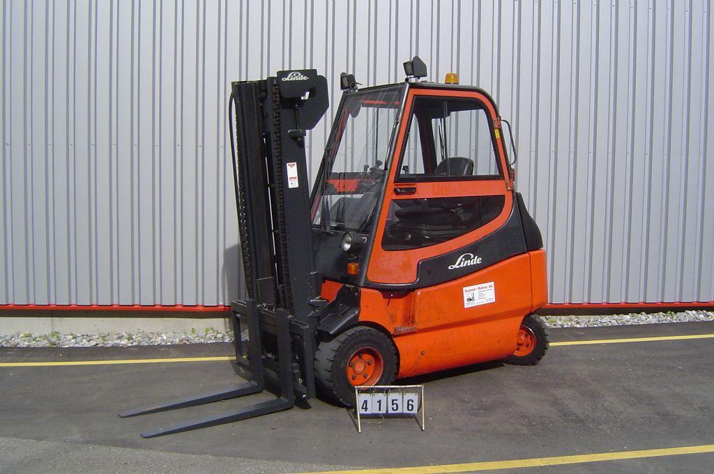 Linde-E30-600-02-Elektro 4 Rad-Stapler-www.sbstapler.ch