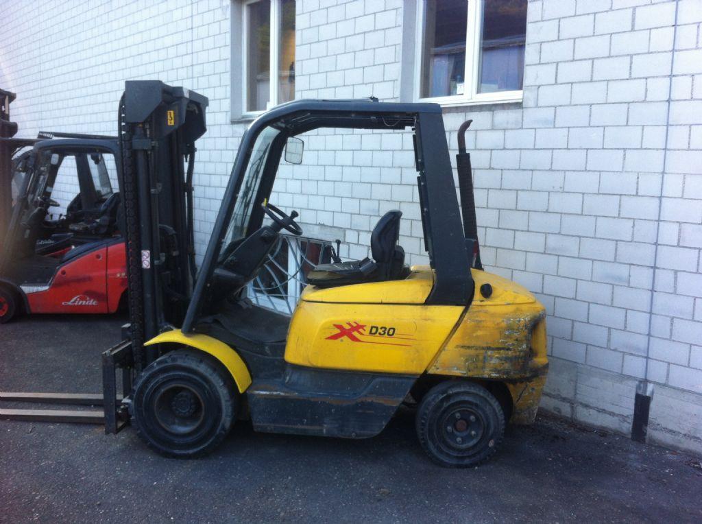 OM-XD30-Dieselstapler-www.sbstapler.ch