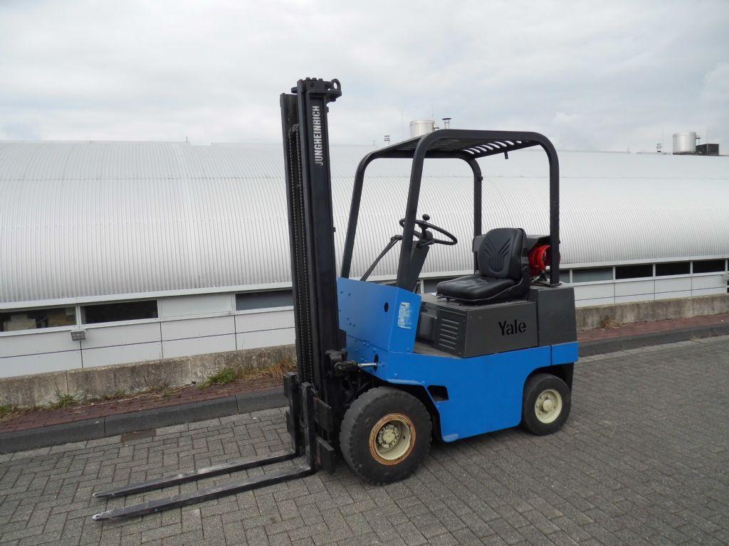 Yale-GLP 032-Treibgasstapler-http://www.decker-gabelstapler.de