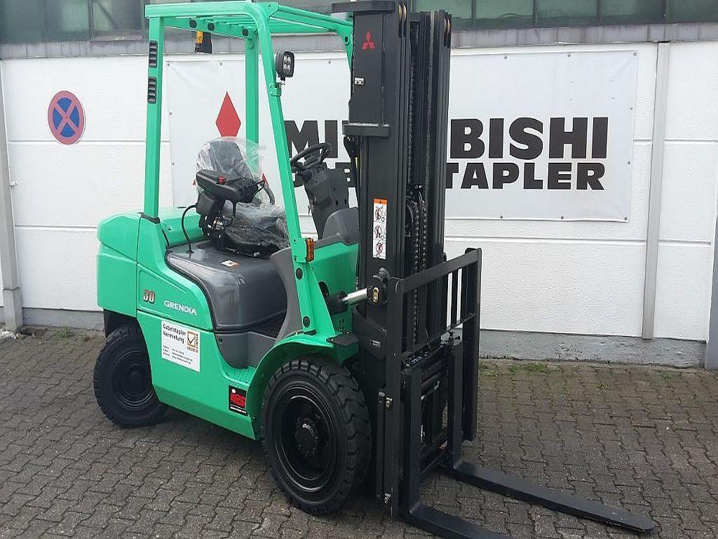 Mitsubishi-FD30N-Dieselstapler-http://www.ehlers-stapler.de