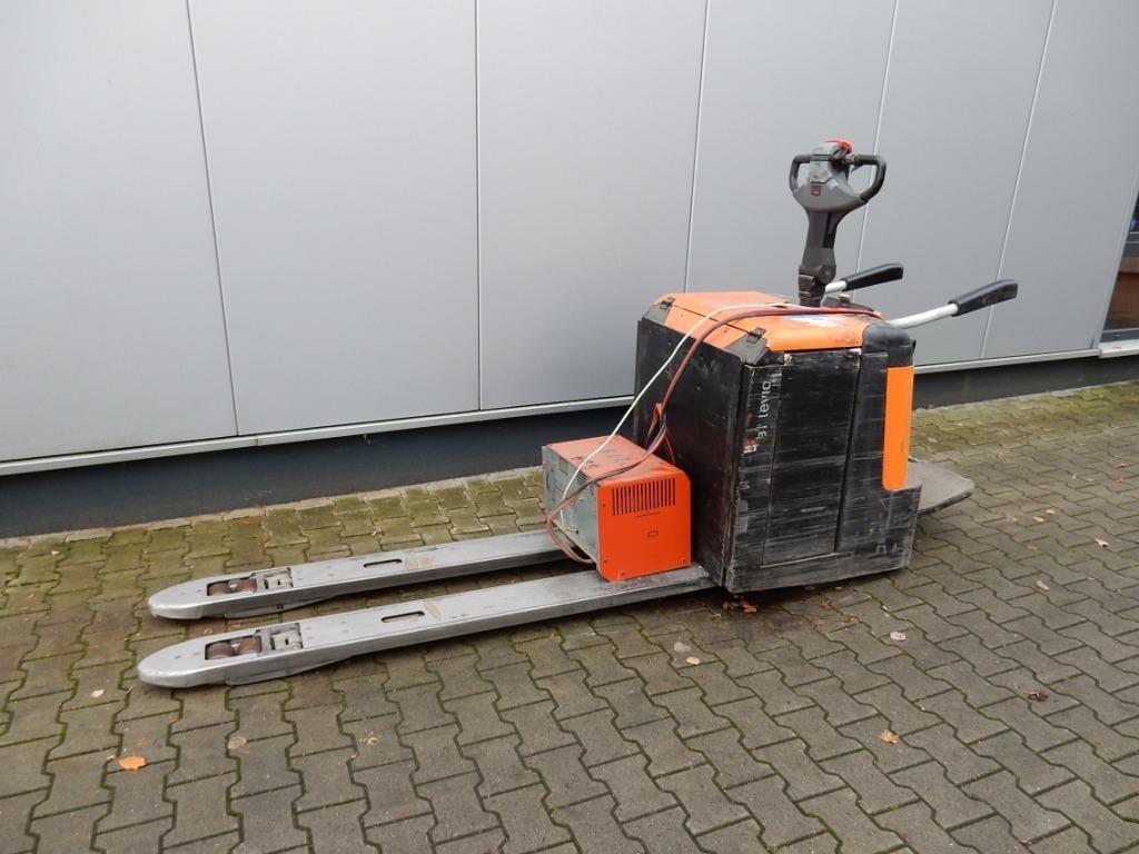 BT-LPE240-Niederhubwagen-http://www.eundw.com