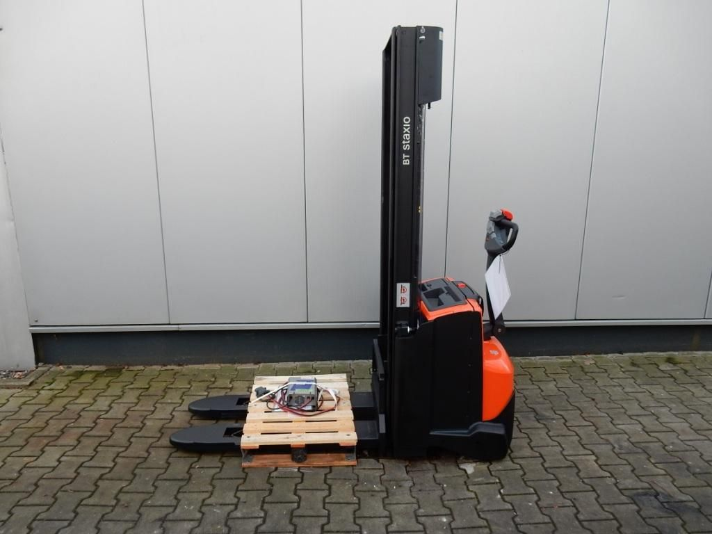BT-SWE140-Hochhubwagen-http://www.eundw.com
