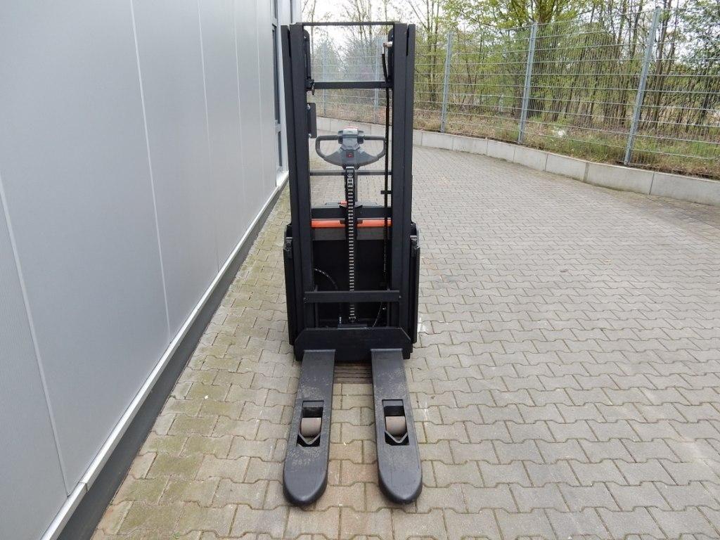 BT-SWE120-Hochhubwagen-http://www.eundw.com