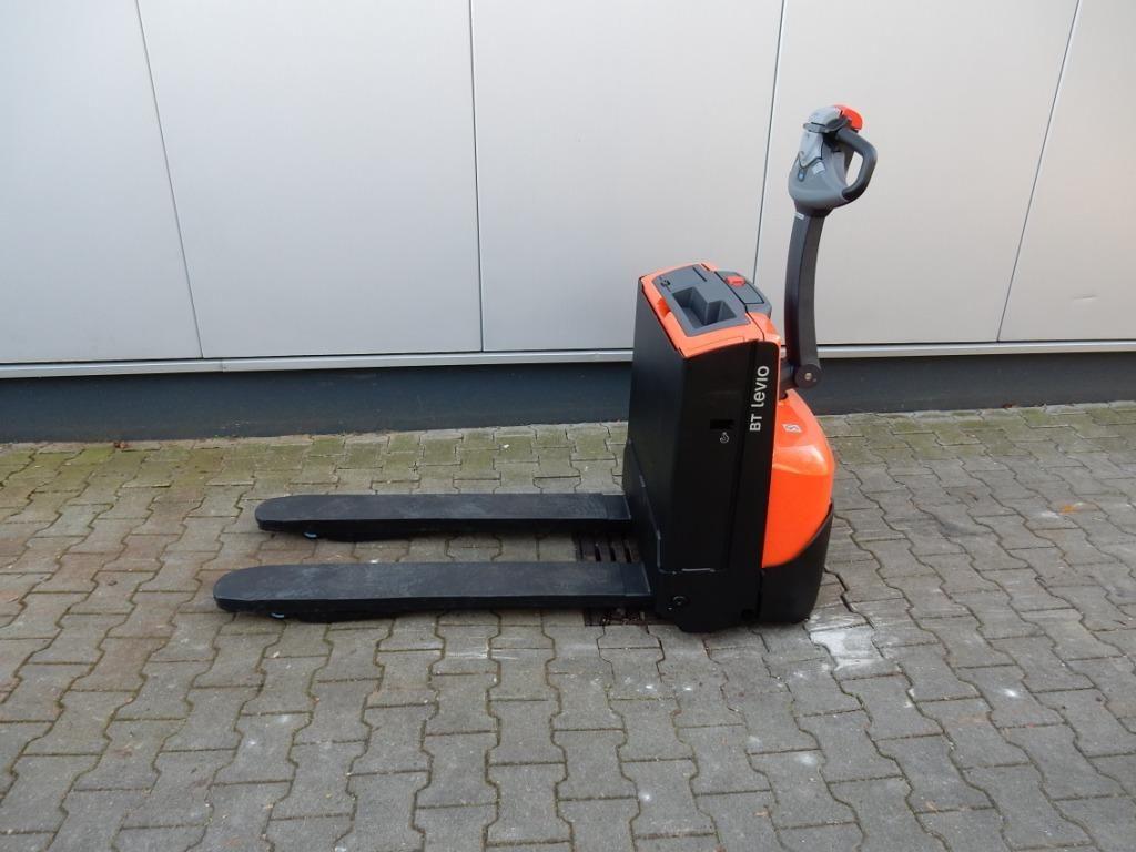 BT-LWE140-Niederhubwagen-http://www.eundw.com