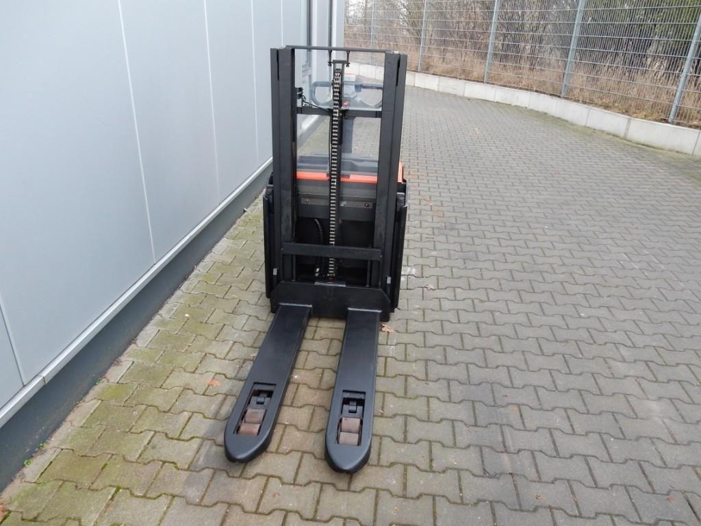 BT-SWE200D-Hochhubwagen-http://www.eundw.com