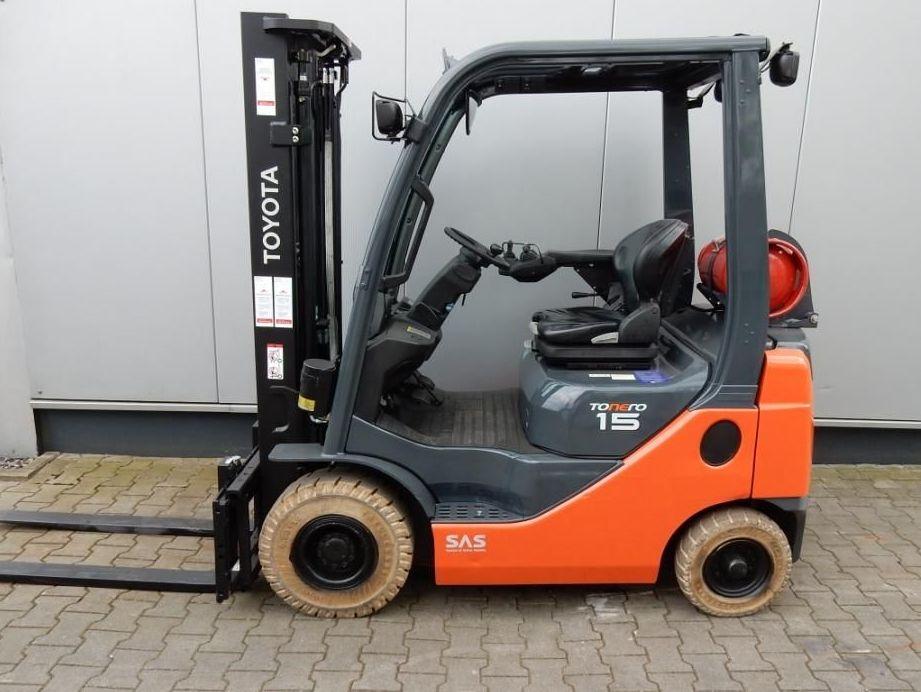 Toyota-02-8FGF15-Treibgasstapler-http://www.eundw.com