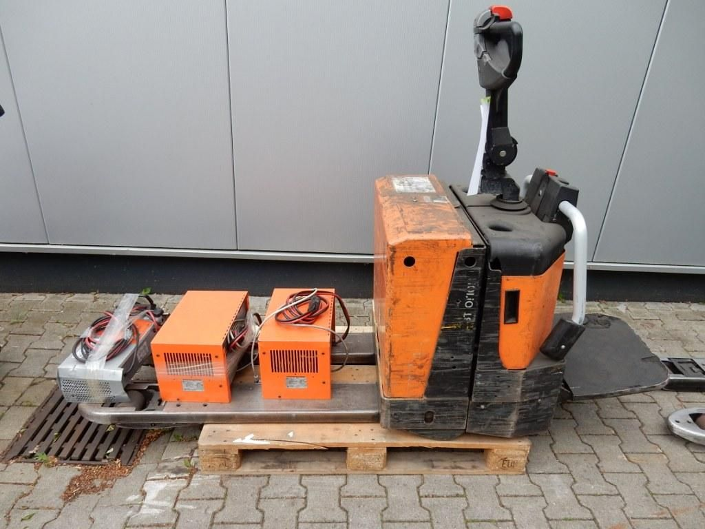BT-LPE200/8-Niederhubwagen-http://www.eundw.com