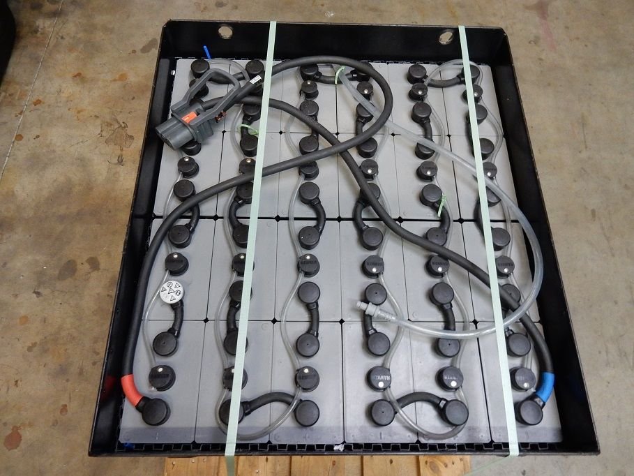 Toyota-8FBET18-Elektro 3 Rad-Stapler-http://www.eundw.com