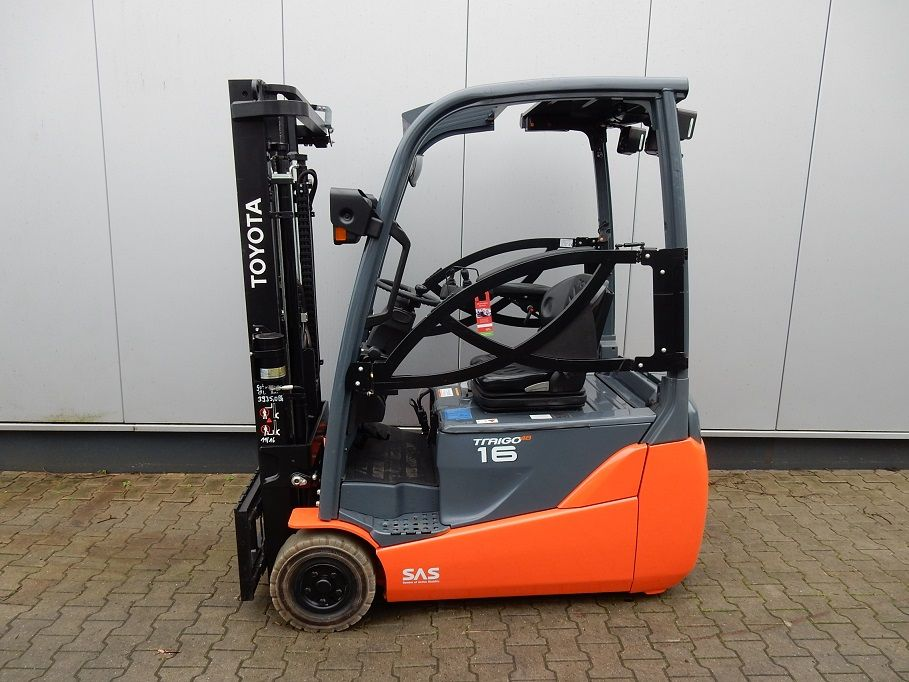 Toyota-8FBET16-Elektro 3 Rad-Stapler-http://www.eundw.com