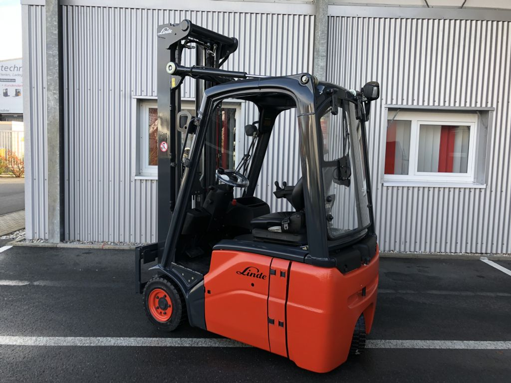 Linde-E 16 C-Elektro 3 Rad-Stapler-http://www.fiegl-foerdertechnik.de