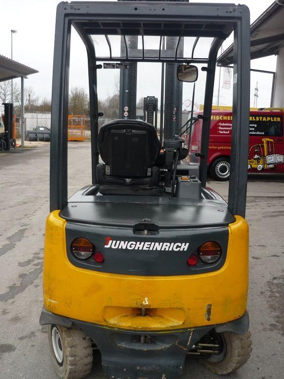 Jungheinrich-EFG 430 -Elektro 4 Rad-Stapler-http://www.fischer-gabelstapler.de