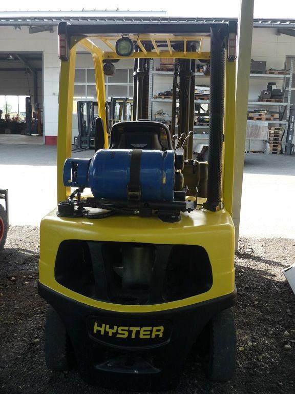 Hyster-H 2.50 FTG-Treibgasstapler-http://www.fischer-gabelstapler.de
