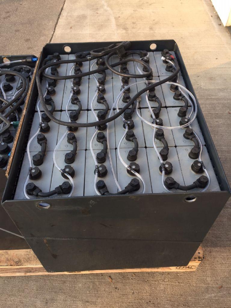 *Sonstige-48V Batterie 625 AH Bj.2013-Antriebsbatterie-www.fleischmann-foerdertechnik.de