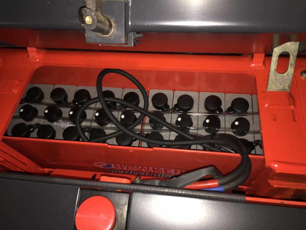 Linde-L 14 Triplex -Hochhubwagen-www.fleischmann-foerdertechnik.de