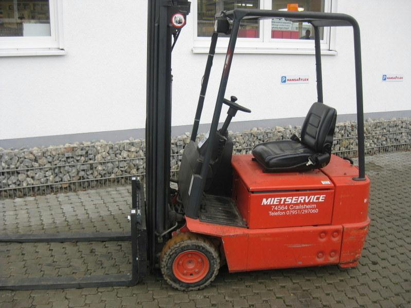 Linde-E15Z-02-Elektro 3 Rad-Stapler-http://www.hanselmann.de