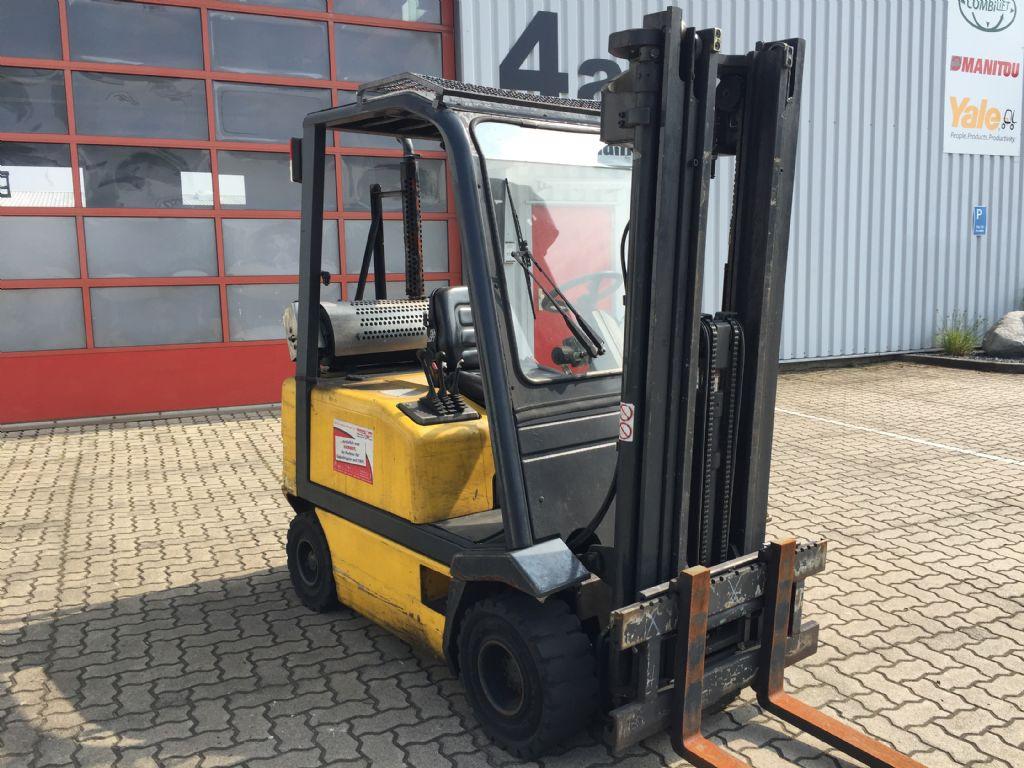 OM-D20-Dieselstapler-www.herbst-gabelstapler.de