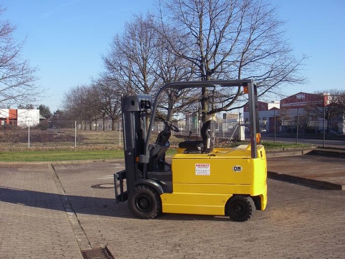 OM-EU 30-Elektro 4 Rad-Stapler-http://www.herbst-gabelstapler.de