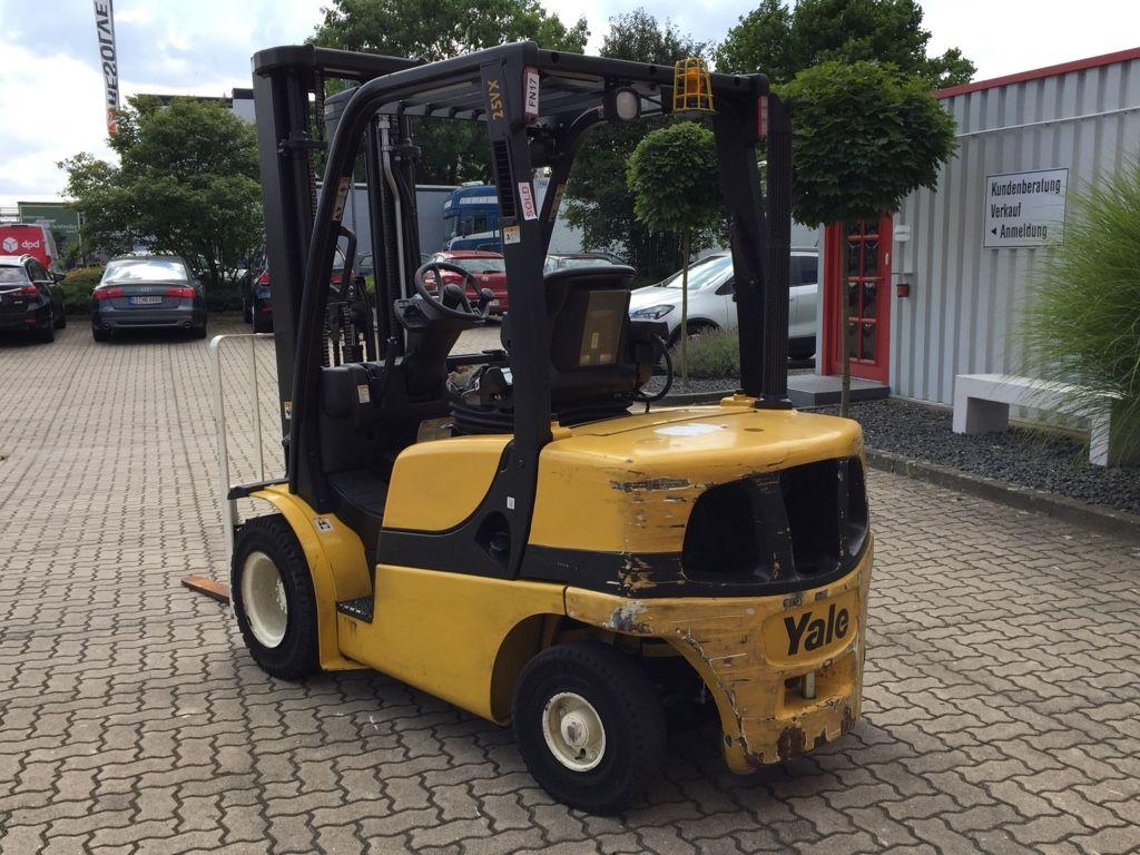 Yale-GDP25VX-Dieselstapler-www.herbst-gabelstapler.de