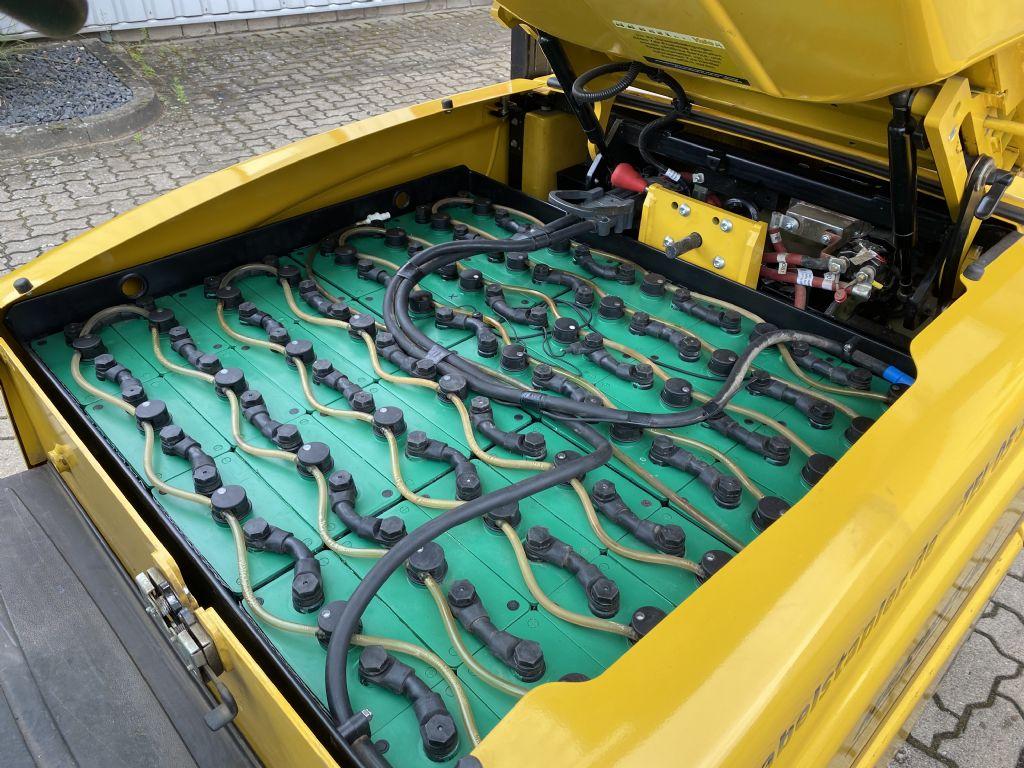Yale-ERP 25 VL LWB-Elektro 4 Rad-Stapler-www.herbst-gabelstapler.de