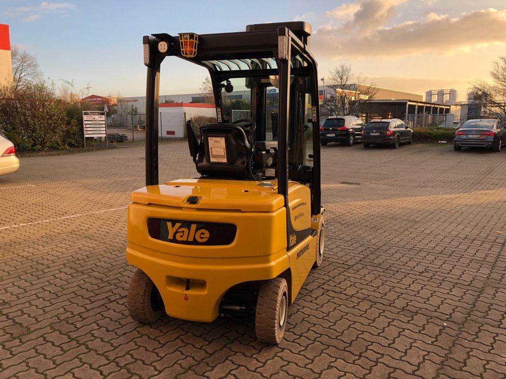 Yale-ERP35VL LWB-Elektro 4 Rad-Stapler-www.herbst-gabelstapler.de