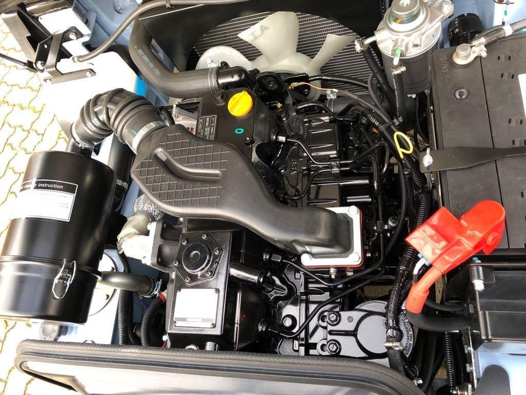 UTILEV-UT30P-Dieselstapler-www.herbst-gabelstapler.de