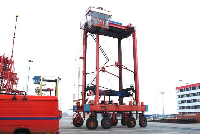 Voll Containerstapler-Fantuzzi-Fantuzzi Noell PPH444-HSW